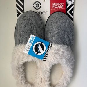 Women's memory foam slippers